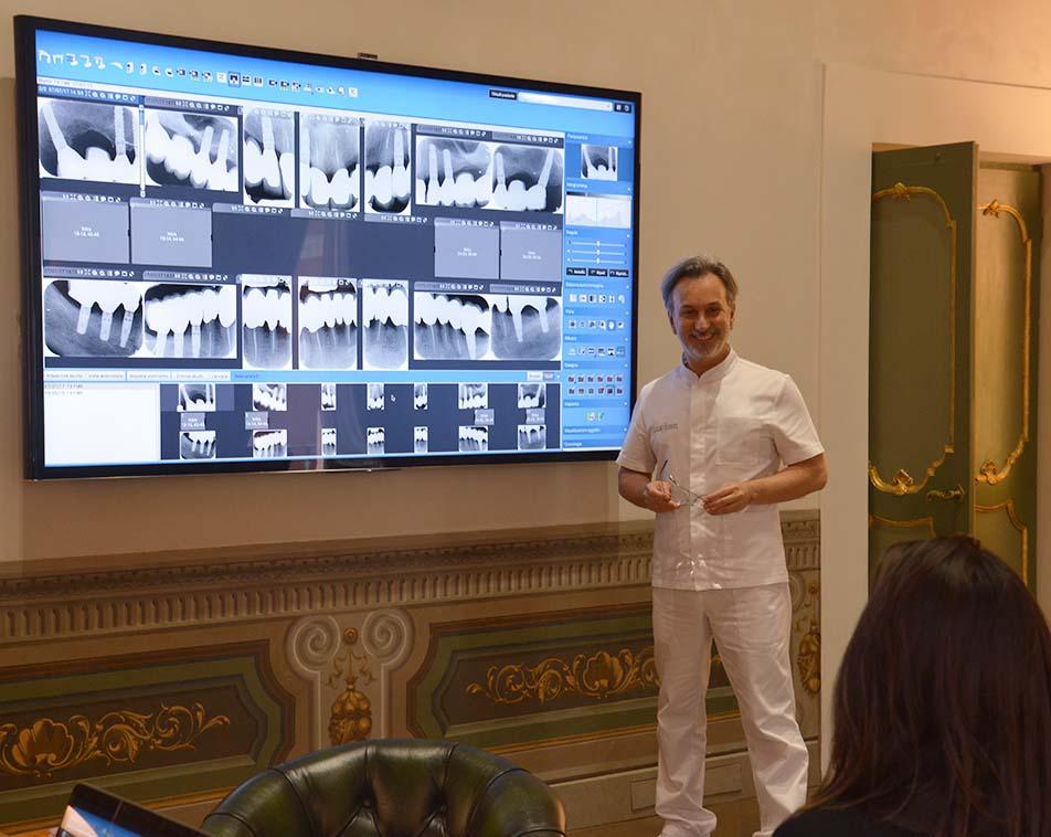 Radiografie dentali presso Lo Studio Calesini, Odontoiatria Specialistica a Roma Centro Storico. Direttore sanitario Dottor Gaetano Calesini Medico Chirurgo specialista in Odontostomatologia e pretesi dentaria.