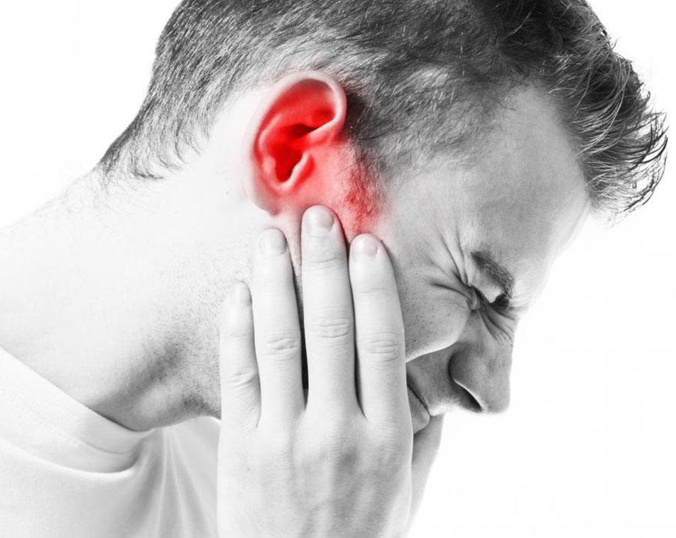 udito e salute orale: Esiste una relazione fra il bruxismo, il dolore mandibolare e l'udito?